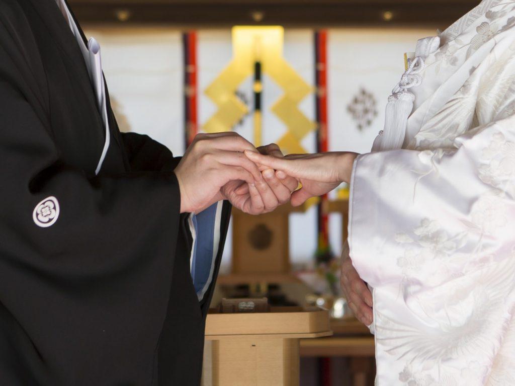 新潟で人気の結婚指輪(マリッジリング)と婚約指輪(ダイヤモンドエンゲージリング)俄(にわか)   おしゃれだねって褒められる、新潟で見つけた婚約指輪と結婚指輪