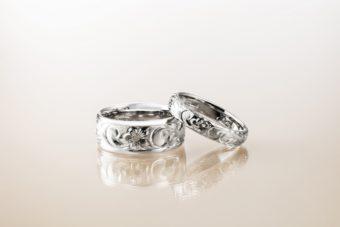 新潟で人気の結婚指輪(マリッジリング)と婚約指輪(ダイヤモンドエンゲージリング)ハワイアンジュエリーMakana(マカナ)| 本格派手彫りで刻む、新潟ハワイアンジュエリーMakana(マカナ)で造られる3種のデザイン【Princess(プリンセスカット)】