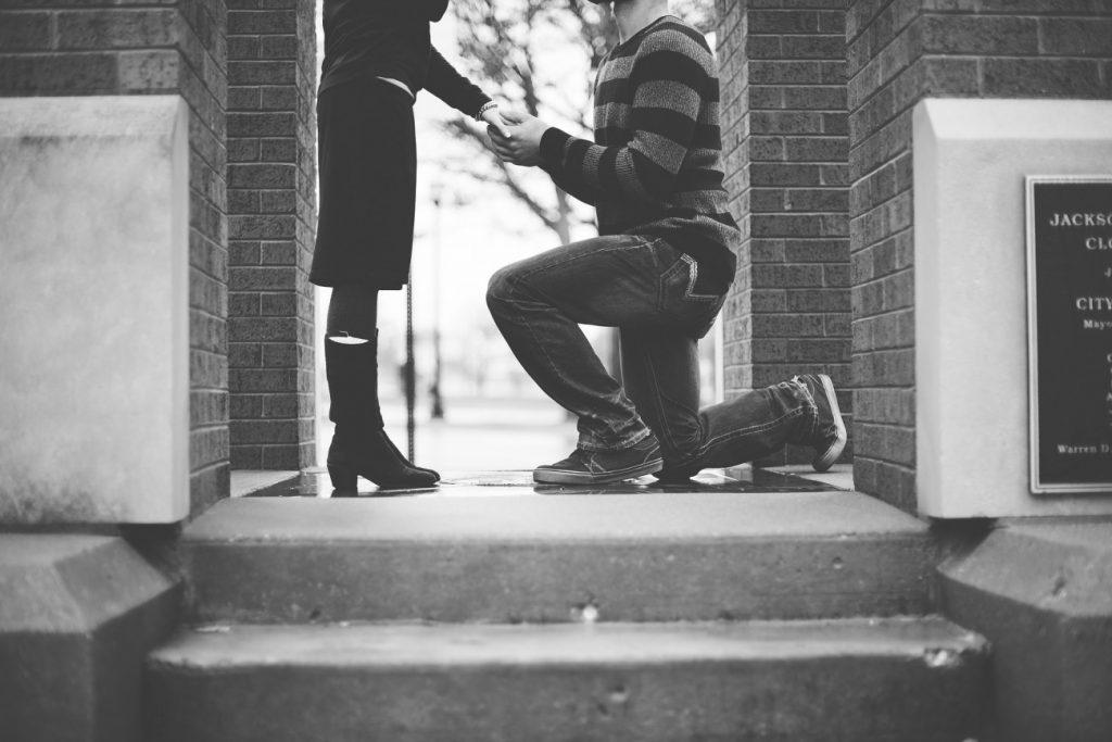 新潟で人気の結婚指輪(マリッジリング)と婚約指輪(ダイヤモンドエンゲージリング)鍛造 | ドイツの国家資格を取得した『ゴールドマイスター』が鍛造製法で作る芸術品CHRISTIAN BAUER(クリスチャンバウアー)のマリッジリング