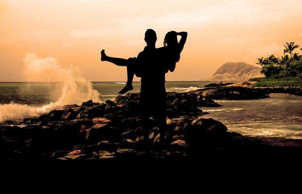 新潟で人気の結婚指輪(マリッジリング)と婚約指輪(ダイヤモンドエンゲージリング)ハワイアンジュエリーMakana(マカナ)| 本格派手彫りで刻む、新潟ハワイアンジュエリーマカナ(MAKANA)の3つの彫りデザインは、唯一無二