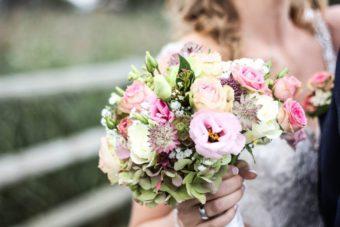 新潟で人気の結婚指輪(マリッジリング)と婚約指輪(ダイヤモンドエンゲージリング)俄(にわか) | 新潟で見つけた!普段着け出来る、憧れのエタニティーリング