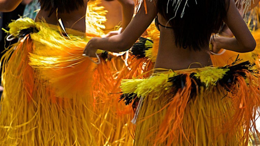 新潟で人気の結婚指輪(マリッジリング)と婚約指輪(ダイヤモンドエンゲージリング)ハワイアンジュエリーMakana(マカナ)| 本格派手彫りで刻む、ハワイアンジュエリーMakana(マカナ)が新潟のカップルに支持されている理由