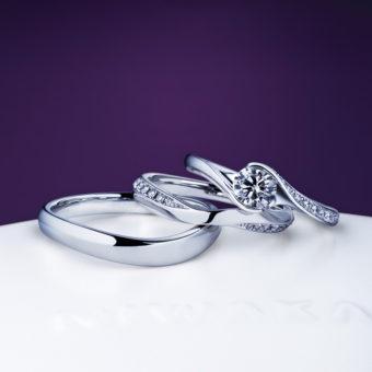 朝日を浴びて茜色の照り映える雲をデザインした、新潟で人気の結婚指輪(マリッジリング)