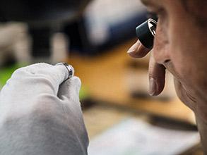 新潟で人気の結婚指輪(マリッジリング)と婚約指輪(ダイヤモンドエンゲージリング)鍛造 | オシャレジュエリーCHRISTIAN BAUER(クリスチャンバウアー)の魅力