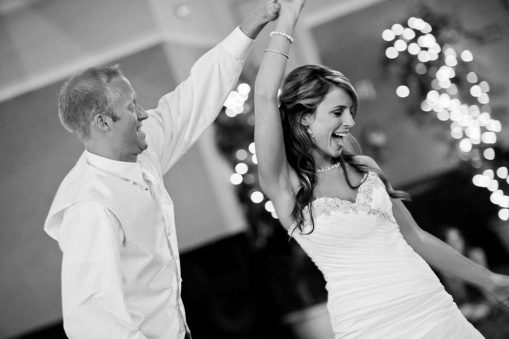 新潟で人気の結婚指輪(マリッジリング)と婚約指輪(ダイヤモンドエンゲージリング)鍛造 | 新潟でかっこいい結婚指輪(マリッジリング)を探したい!!ドイツジュエリー クリスチャンバウアー(CHRISTIAN BAUER)は一生涯のマリッジリング