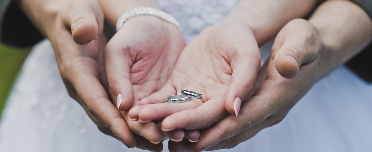 新潟で人気の結婚指輪(マリッジリング)と婚約指輪(ダイヤモンドエンゲージリング)鍛造 | 新潟で見つけた!話題のかっこいい結婚指輪(マリッジリング)