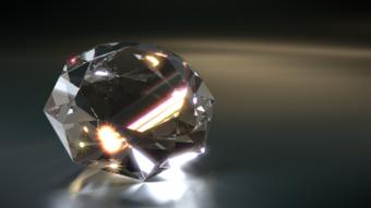 新潟で人気の結婚指輪(マリッジリング)と婚約指輪(ダイヤモンドエンゲージリング)俄(にわか)   新潟プレ花嫁が注目のダイヤモンドエンゲージリングとは?
